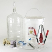 Gold Complete Wine Equipment Kit w/6 Gallon Glass Carboy