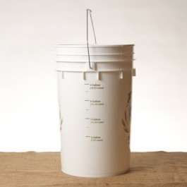 6.5 Gallon Fermenting Bucket w/lid